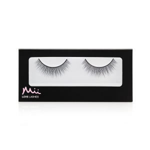 Love Lashes Simply Charming